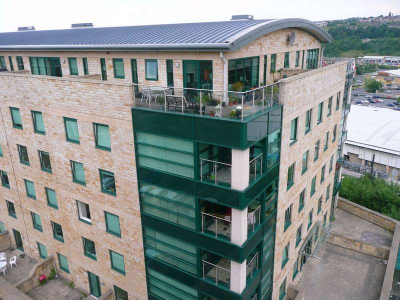 2 Bedrooms Flat for rent in Stonegate House, Stone Street, Bradford