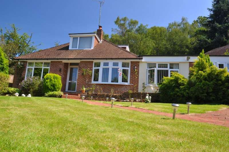 4 Bedrooms Detached House for sale in School Road, Bursledon, Southampton, SO31 8BU