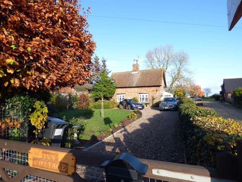 3 Bedrooms Detached House for sale in Main Road, Utterby, Louth, LN11 0TQ