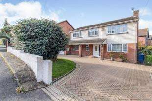 5 Bedrooms Detached House for sale in Seaside Avenue, Minster on Sea, Sheerness, Kent