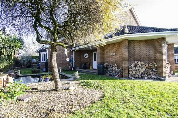 6 Bedrooms Detached House for sale in Mill Lane, Gosberton, Spalding, Lincolnshire