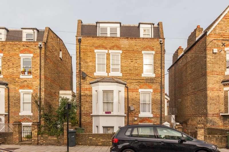 3 Bedrooms Flat for sale in Hayter Road, Brixton, SW2