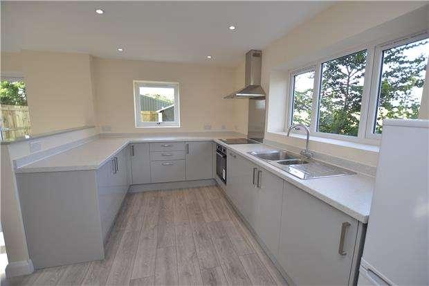 3 Bedrooms Semi Detached House for sale in Severn Road, Hallen, BRISTOL, BS10 7RZ