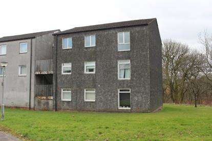 3 Bedrooms Flat for sale in Rowan Road, Abronhill