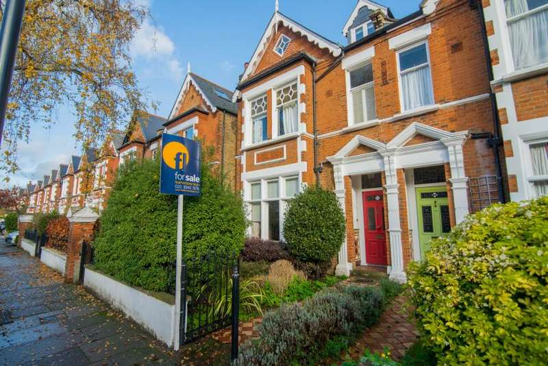 6 Bedrooms Semi Detached House for sale in Priory Road, Kew