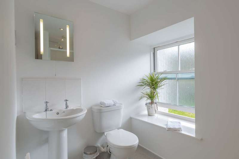 1 Bedroom Apartment Flat for sale in Brecon, LD3