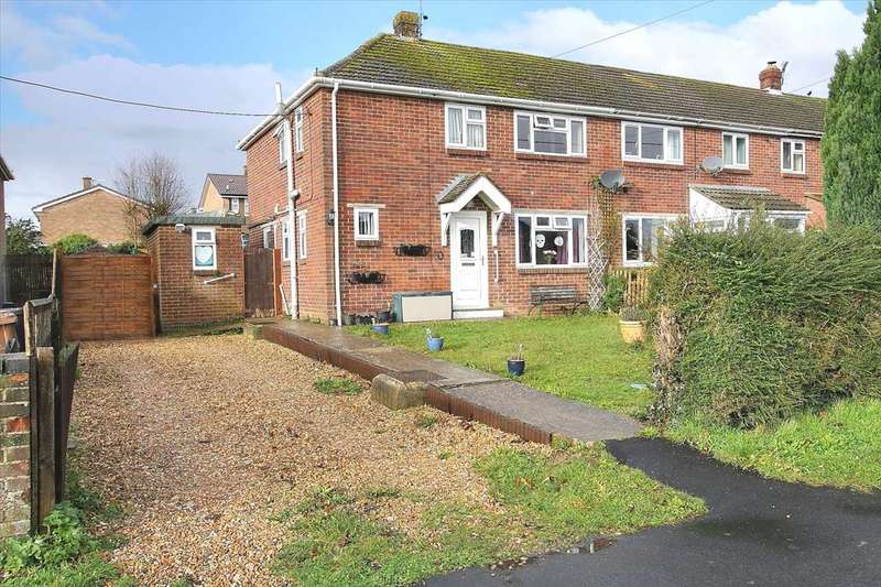 3 Bedrooms End Of Terrace House for sale in Parkhouse Road, Shipton Bellinger
