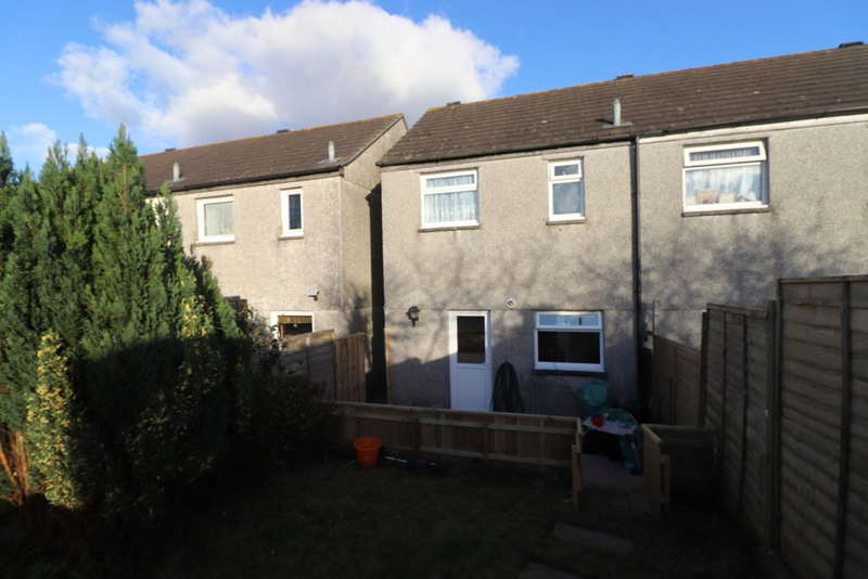 2 Bedrooms Semi Detached House for sale in Trelawney Way , Torpoint