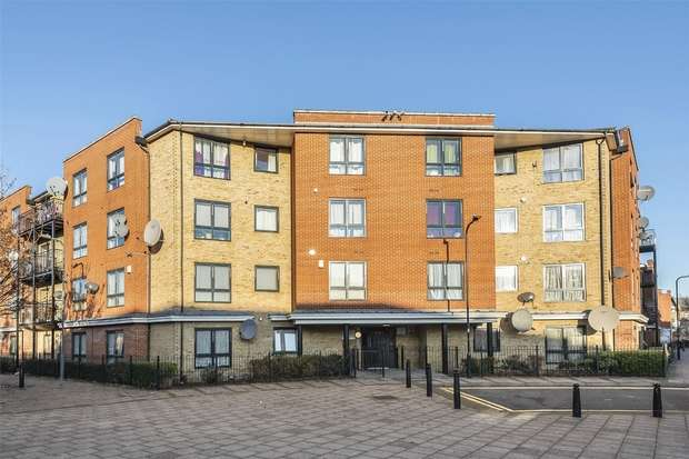 2 Bedrooms Flat for sale in Cresswell House, WEMBLEY