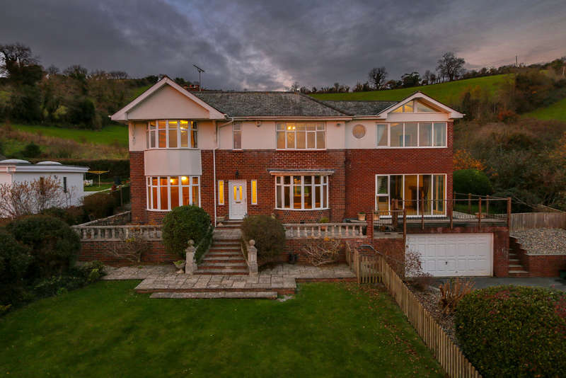 4 Bedrooms Detached House for sale in Teignmouth Road, Bishopsteignton