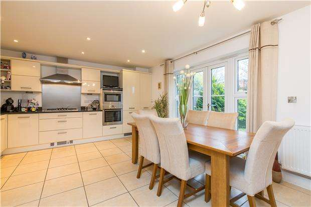 4 Bedrooms Semi Detached House for sale in Maywood Road, OXFORD, OX4 4EE