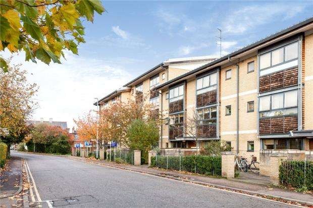 Studio Flat for sale in Ruth Bagnall Court, Cambridge, Cambridgeshire