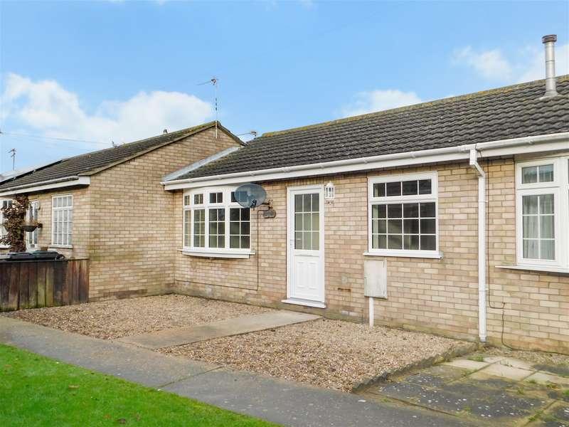 2 Bedrooms Terraced Bungalow for sale in Langton Court, Skegness, Lincs, PE25 2RB