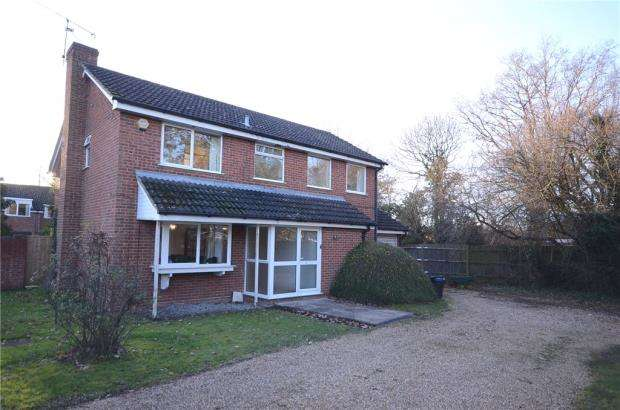 5 Bedrooms Detached House for sale in Greenacres Avenue, Winnersh, Wokingham