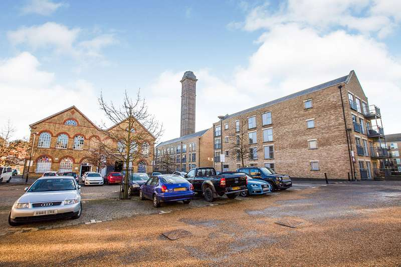 2 Bedrooms Apartment Flat for sale in Esparto Way, South Darenth, Dartford, DA4