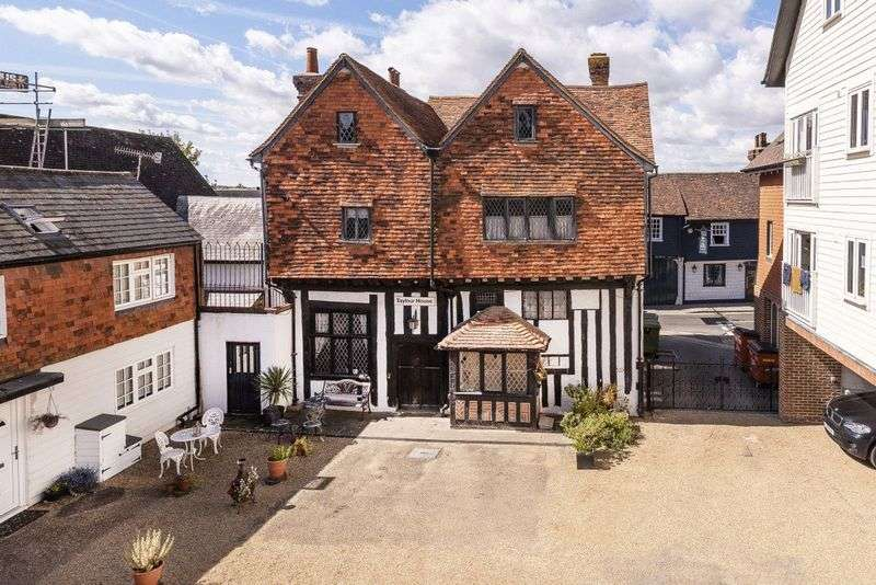 5 Bedrooms Property for sale in High Street, Edenbridge