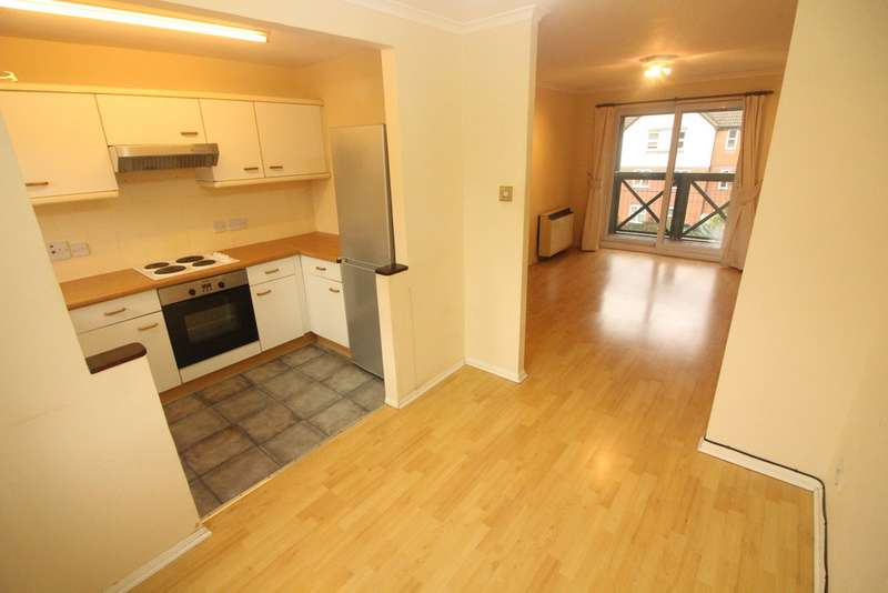 2 Bedrooms Apartment Flat for sale in Rose Kiln Lane, Reading RG1