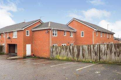 2 Bedrooms Terraced House for sale in Newbold Close, Dukinfield, Greater Manchester, United Kingdom