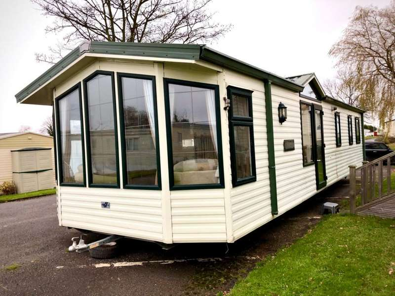 3 Bedrooms Caravan Mobile Home for sale in Elmhurst Holiday Park, Kent