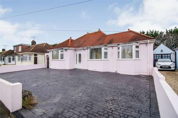 4 Bedrooms Detached Bungalow for sale in Western Road, Sompting, Lancing, West Sussex
