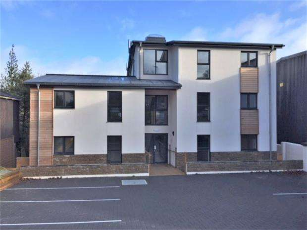 2 Bedrooms Apartment Flat for sale in Hospital Road, Stratton, Bude, Cornwall