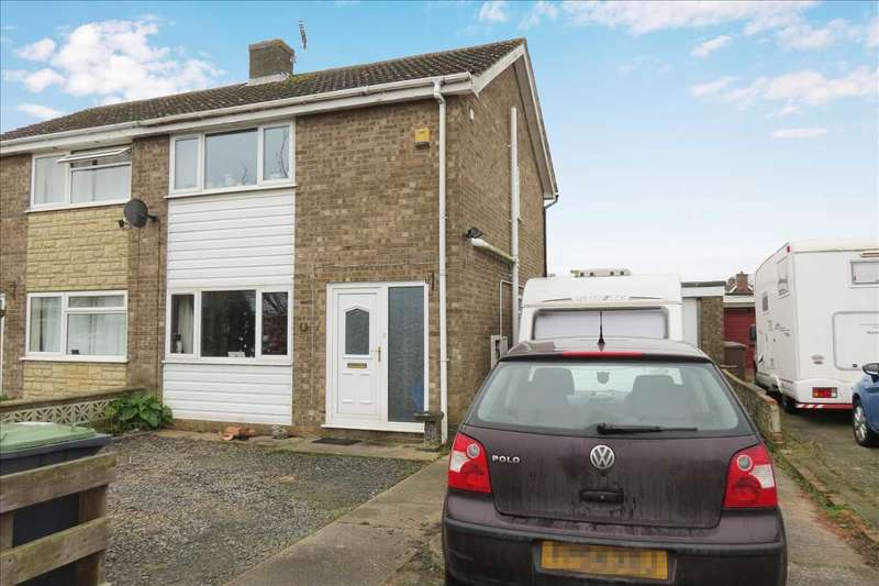 3 Bedrooms Semi Detached House for sale in Exeter Drive, Sleaford