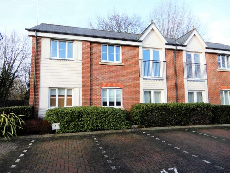 2 Bedrooms Apartment Flat for sale in Dextor Close, Canterbury