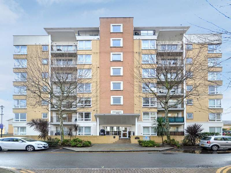 1 Bedroom Flat for sale in Newport Avenue, Canary Wharf E14