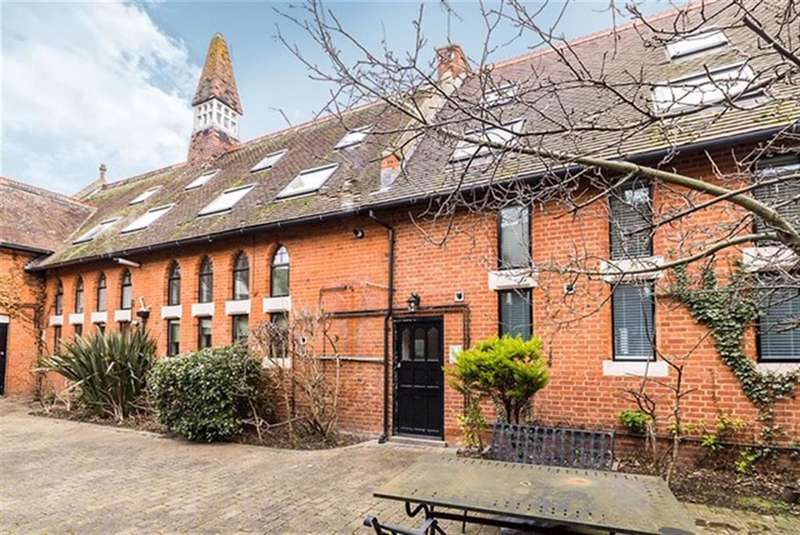 2 Bedrooms Flat for sale in Church Court, 4 West Hill, West Dartford, DA1 2EQ