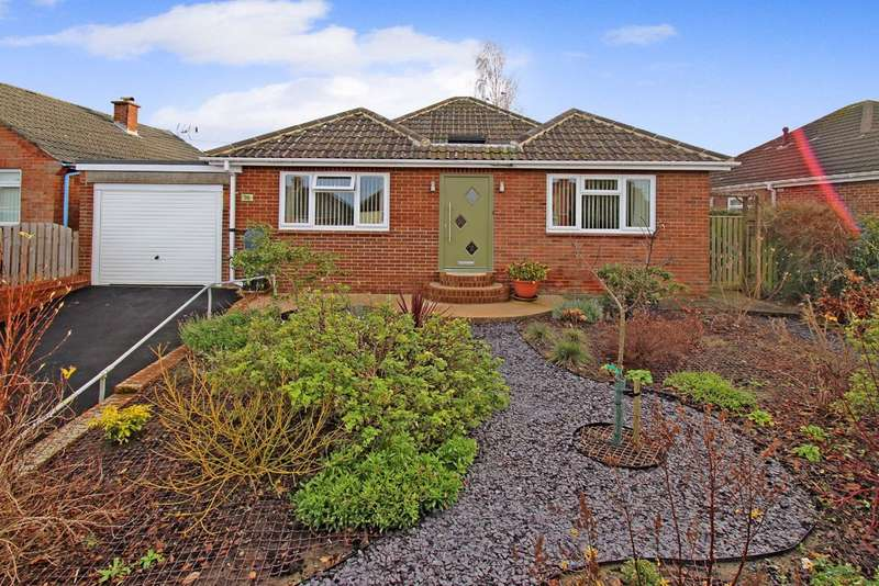 3 Bedrooms Detached Bungalow for sale in The Butts, Westbury, Wiltshire, BA13