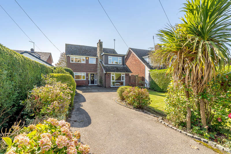 4 Bedrooms Detached House for sale in Hough Green, Hough Green