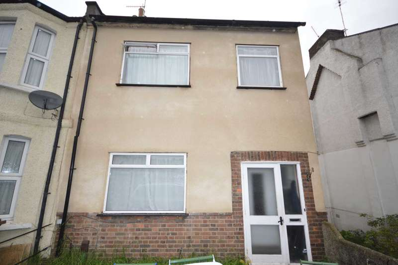 3 Bedrooms Semi Detached House for sale in Abbey Road, Belvedere