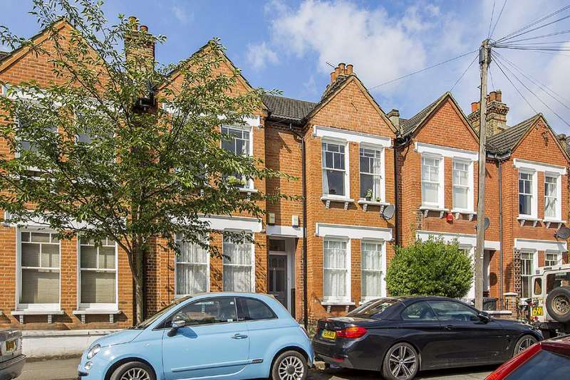 3 Bedrooms Flat for sale in Brading Road, Brixton, London