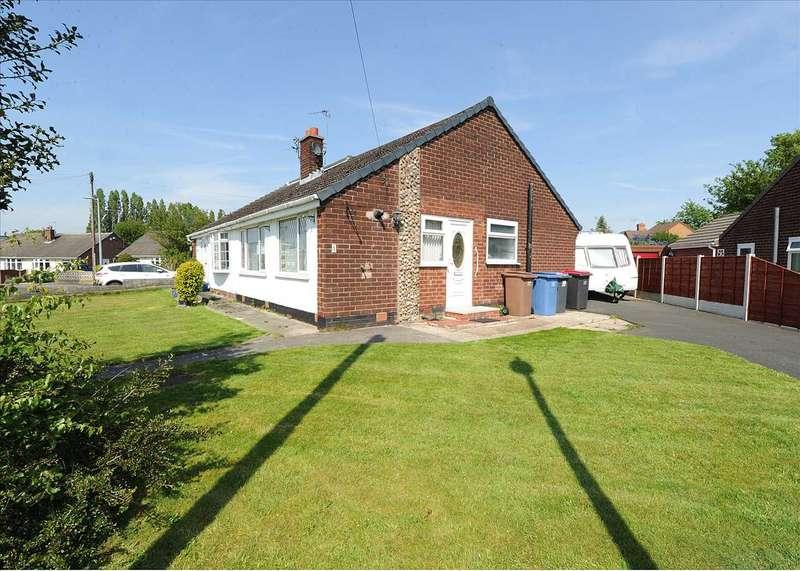 2 Bedrooms Bungalow for sale in 1 Helston Close, Irlam M44 6FZ