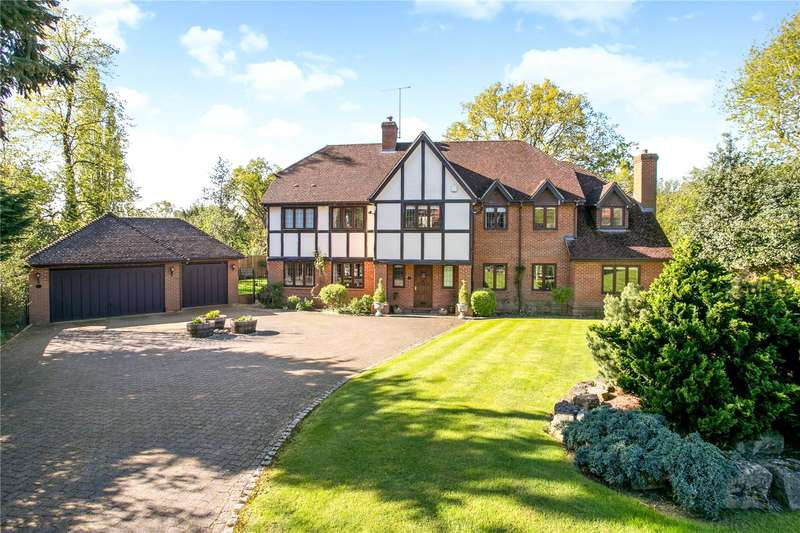 5 Bedrooms Detached House for sale in Churchill Drive, Knotty Green, Beaconsfield, Buckinghamshire, HP9