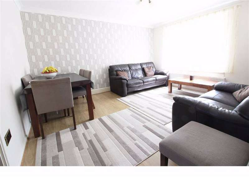 2 Bedrooms Flat for sale in Mayford Close, Beckenham, BR3