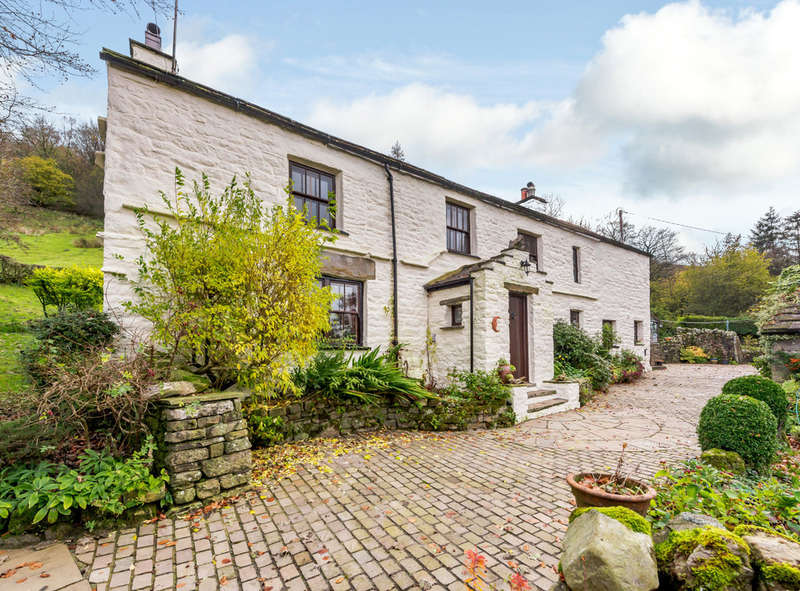 4 Bedrooms Detached House for sale in East Clint, Cowgill, Cumbria