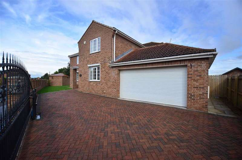 4 Bedrooms Detached House for sale in Hillam Road, Gateforth, Selby, YO8