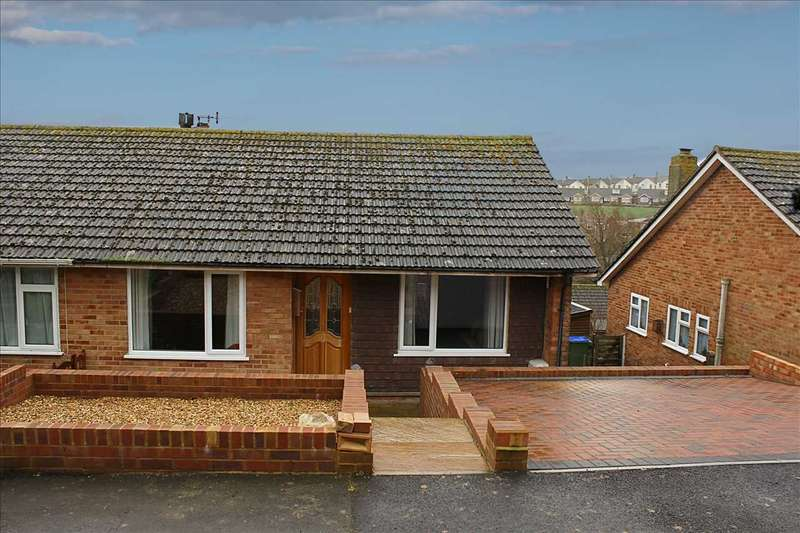 4 Bedrooms House for sale in Valley Close, Newhaven