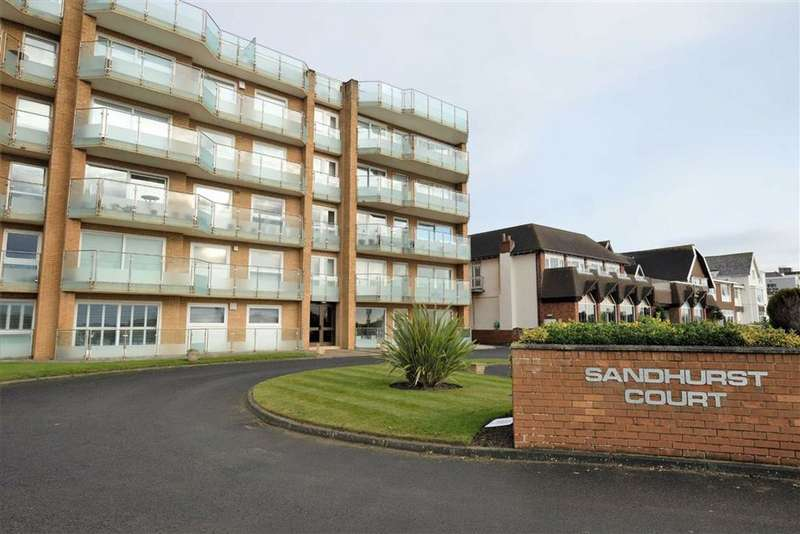 2 Bedrooms Apartment Flat for sale in South Promenade, South Promenade, St Annes On Sea