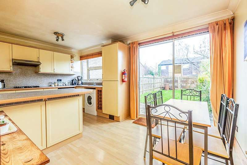 3 Bedrooms House for sale in Millfield, New Ash Green, Longfield, Kent, DA3