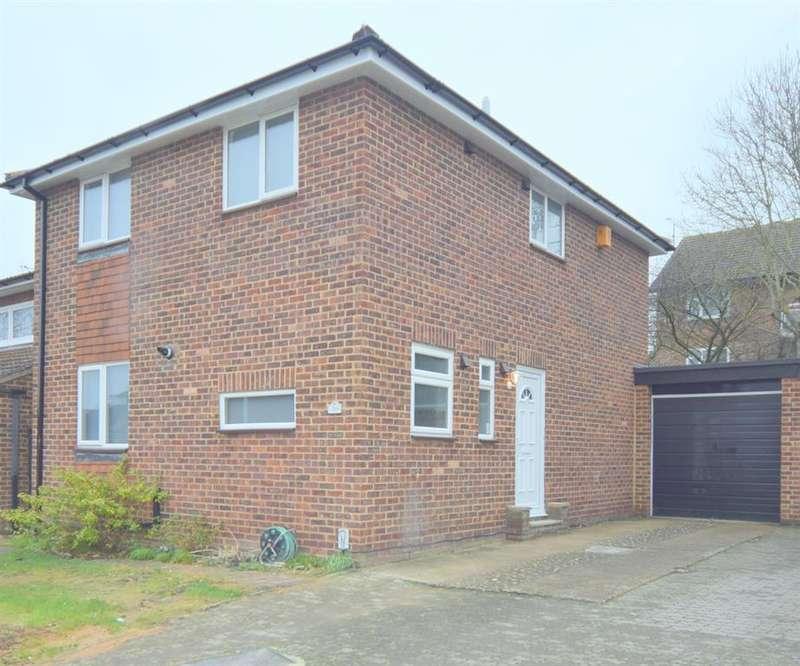 4 Bedrooms Detached House for sale in Drumaline Ridge, Old Malden, Worcester Park, KT4