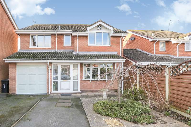4 Bedrooms Detached House for sale in Butterfield Close, Perton, Wolverhampton, Staffordshire, WV6