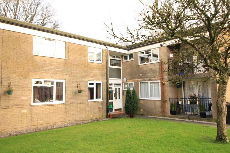 2 Bedrooms Apartment Flat for sale in Grange Road, Whitworth, Rochdale, Lancashire, OL12