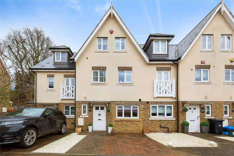 3 Bedrooms Terraced House for sale in Bradfords Close, Buckhurst Hill, Essex, IG9
