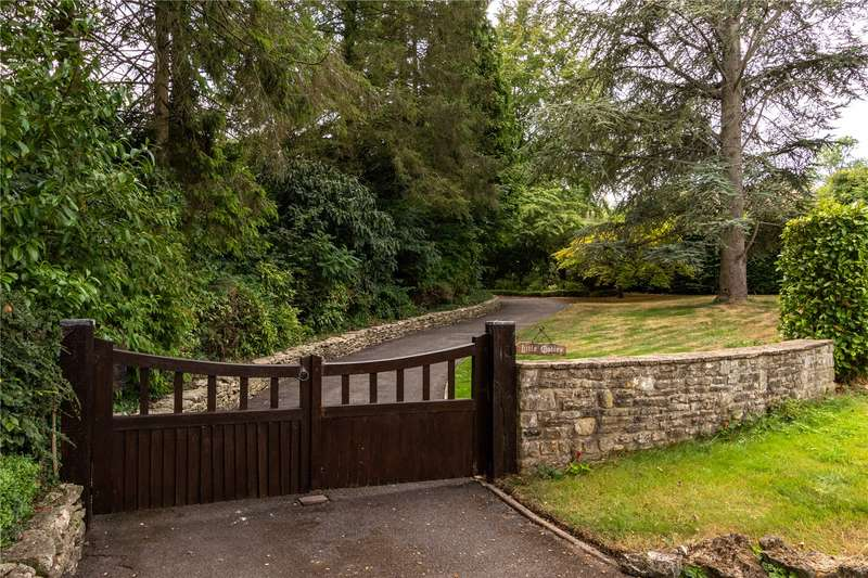 5 Bedrooms Detached House for sale in The Highlands, Painswick, Stroud, Gloucestershire, GL6