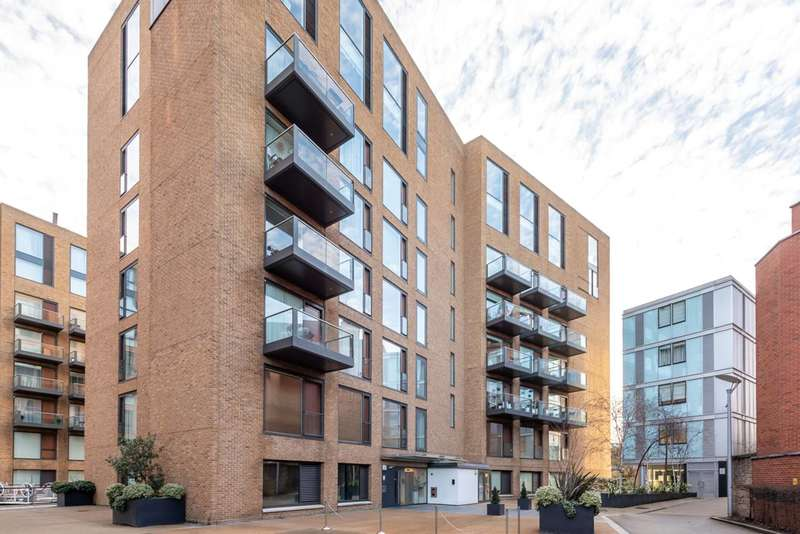 3 Bedrooms Flat for sale in Grosvenor Waterside, Belgravia, SW1W
