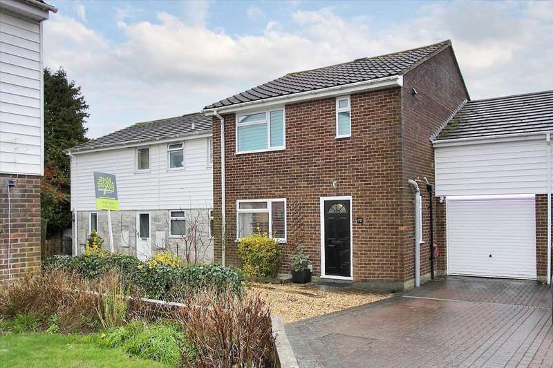 3 Bedrooms Terraced House for sale in Springfield Close, Andover