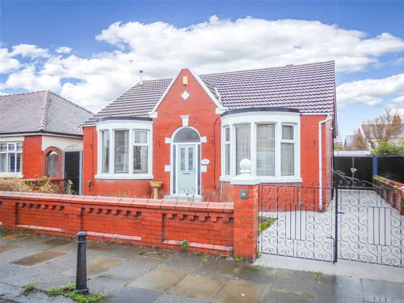 2 Bedrooms Detached Bungalow for sale in Greenwood Avenue, Blackpool, Lancashire