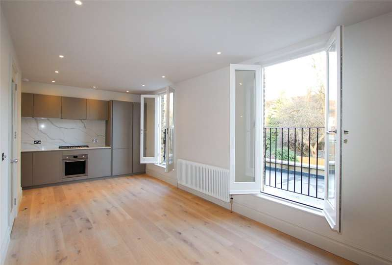 2 Bedrooms Flat for sale in Granville Gardens, London, W5